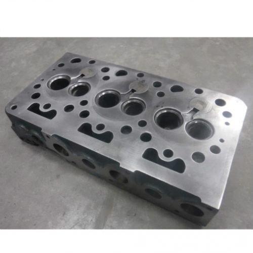 Photo All States Ag Parts Used Cylinder Head Kioti LB1914 CK20 E5700-03043 Kubota B8200 F2000 B1750 B7200 15532-03040