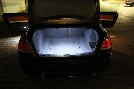 1x 18 SMD LED MODUL Kofferraumbeleuchtung AUDI A1 8X1 8XF WEIß