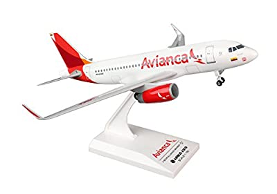 Daron Worldwide Trading SKR793 Skymarks Avianca A319 1/150 W/Gear Model Kit