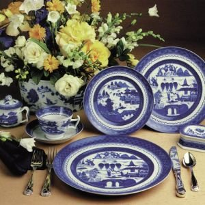 """BLUE CANTON DINNER PLATE 10"""" PS"""