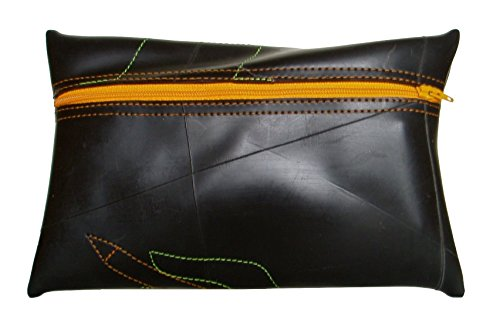 Recycled Rubber Dressing Case Child