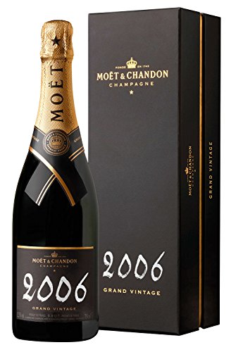 2006-moet-chandon-grand-vintage-brut-champagne-750-ml-wine-with-gift-box