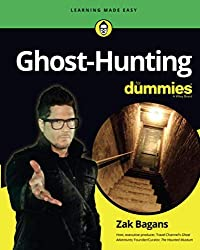 Image of the product Ghost Hunting for Dummies that is listed on the catalogue brand of For Dummies.