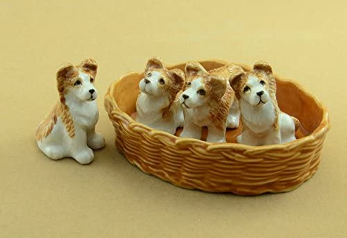 Amazon Com Red Dachshund Dog Pup Sits W Paw Up Mini Mini Figurine Ceramic Hagen Renaker 3204 Home Kitchen
