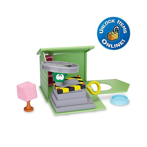 (Club Penguin Green Puffle House with Propeller Launcher Play Set )