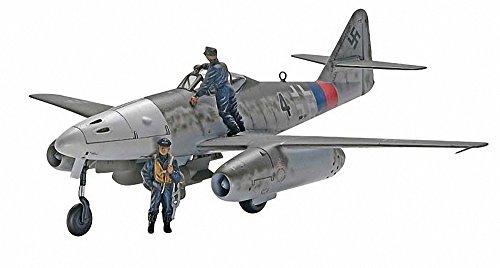 Revell Messerschmitt Me 262 A-1a Plastic Model Kit (Me262 Model)