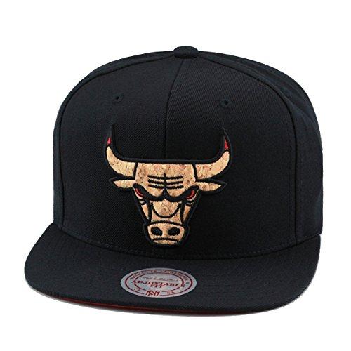 Mitchell & Ness Chicago Bulls Snapback Hat Cap Black/CORK Material/Red Eye