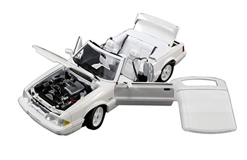 (1993 Ford Mustang LX 5.0L Convertible Feature Car Vibrant White Limited Edition to 474 Pieces Worldwide 1/18 Diecast Model Car by GMP 18824)