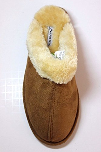 Alpine Design Women Chestnut Brown Scuff Slippers with Fur Trim Lining