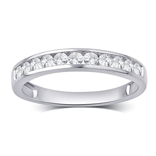 (1/2 Cttw Round Diamond Channel Band in 10K White Gold)