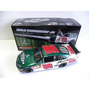 (ACTION 1:24 DALE EARNHARDT JR. #88 AMP ENERGY NATIONAL GUARD 2009 IMPALA SS COLLECTABLE DIECAST)