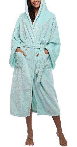 b6e356358e VIKEY Women s Plush Coral Velvet Robe Cozy Long Hooded Bathrobe Nightgown  Turquoise ...