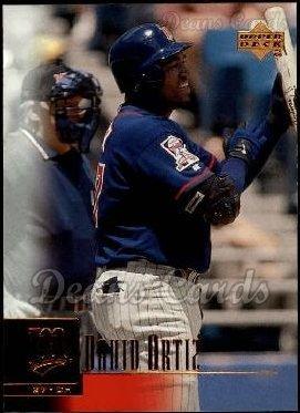 2001 Upper Deck # 129 David Ortiz Minnesota Twins (Baseball Card) Dean's Cards 8 - NM/MT Twins