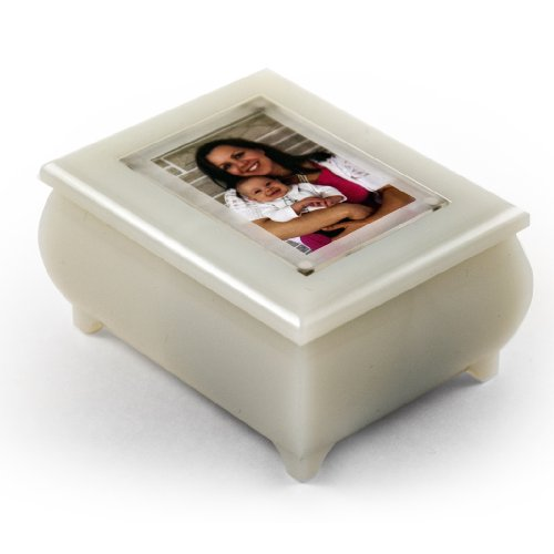 3'' X 2'' Wallet Size Pearl Photo Frame Music Box With New Pop - Over 400 Song Choices - Out Lens System My Lady Creensleeves (Creensleeves) by MusicBoxAttic