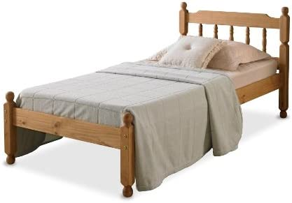 50 COLONIAL SPINDLE BED IN WAXED PINE WITH MEMORY FOAM 5000 MATTRESS
