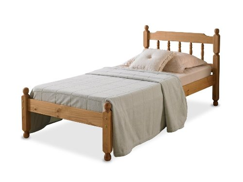3'0 COLONIAL SPINDLE BED IN WAXED PINE Amani International 3'0 COLONIAL SPINDLE BED