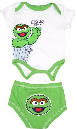 Amazon Com Sesame Street Newborn Baby Oscar The Grouch