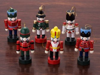 6 x 12 english christmas crackers from robin reed nutcracker collectables