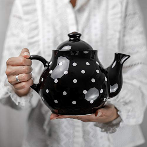 City to Cottage Handmade Black and White Polka Dot Large Ceramic 1,7l/60oz/4-6 Cup Teapot with Handle and Lid, Unique Pottery Housewarming Gift for Tea Lovers