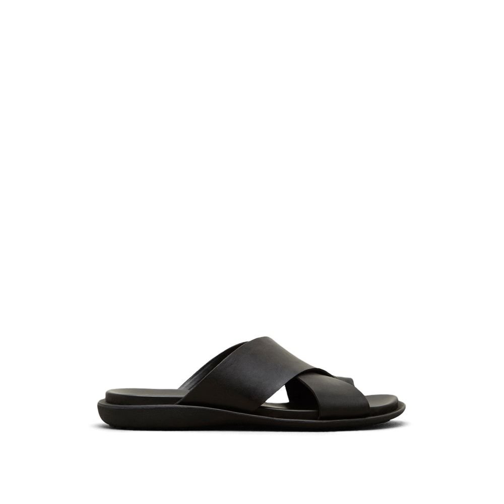 Kenneth Cole New York Men's Under-Sand-Able Toe Ring Sandal, Black, 7 M US