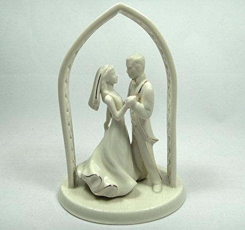 Fine China & Gold Bride and Groom Cake Topper ()