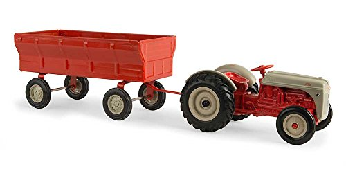 Ertl Unisex By Tomy 1/16 Ford 8N Tractor With Flarebox Wagon Toy Red One Size