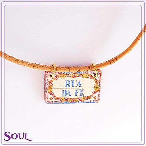 (A street called Faith. A necklace with an authentic Portuguese tiles street name, and a cork cord)