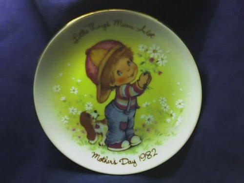 AVON 1982 Mothers Day Plate ()