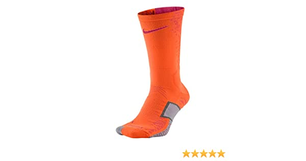 a54ef6280 Nike Elite Match Fit Cushioned Crew Socks at Amazon Men's Clothing store: