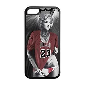 Marilyn Monroe with Chicago Bulls Michael Jordan shirt Case Cover for iphone 5/5s iphone 5/5s