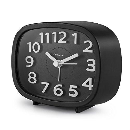 Quartz Analog Alarm Clock - 2