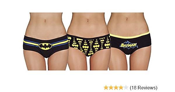 d9e81f448 DC Comics Batman Glow In The Dark 3 PK Panties (Large) at Amazon Women s  Clothing store