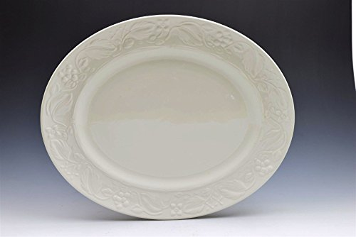 - Wedgwood Home Amway Embossed White Plate Grapes Vines Flowers Oval Platter 14