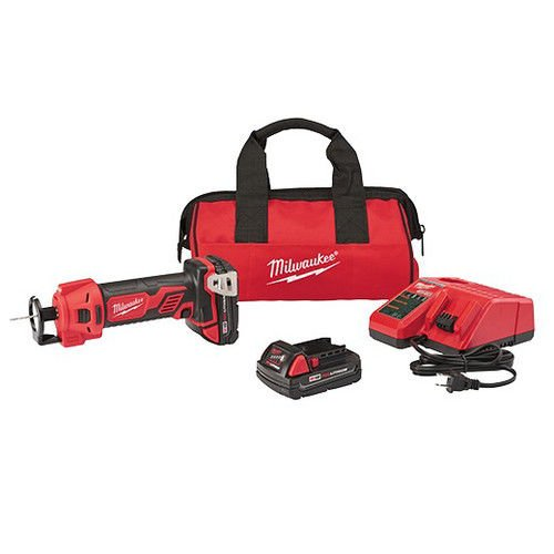 MILWAUKEE M18 Cut Out Tool-