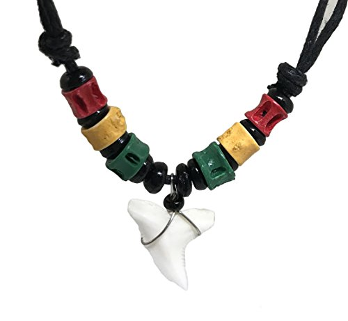 (Shark Tooth Rasta Short Beads Necklace Handmade Hawaiian Style Beach Boy Men (Green Yellow Red Bone - Black Bead) )