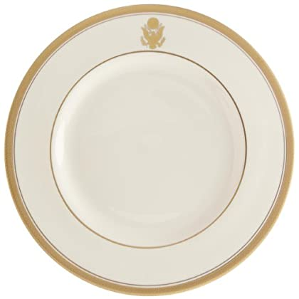 Image of Dinner Plates Pickard'Palace Ivory with Eagle Crest' Fine China 10-5/8-Inch Dinner Plate, Set of 4