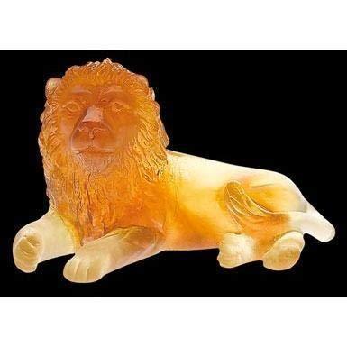 Daum Crystal Lion Amber 03318-1 ()