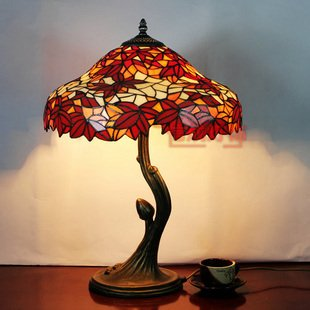 16 inch tiffany style maple leaf pattern stained glass table lamp 16 inch tiffany style maple leaf pattern stained glass table lamp bedside lamp desk lamp aloadofball Gallery
