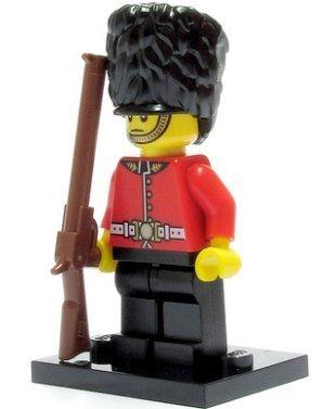 [Lego Minifigures Series 5 - Royal Guard] (Royal Guards Costume)