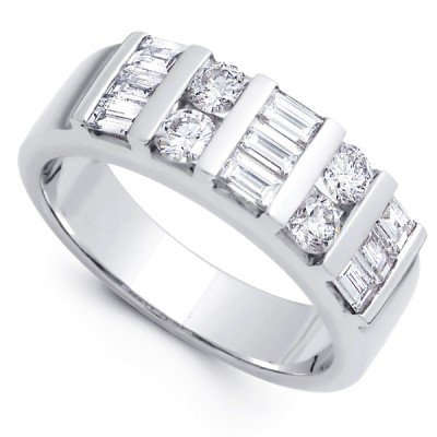 2.00 ct Baguette and Round Cut Diamond Wedding Band Ring in 18 kt White Gold