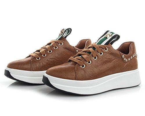 D2c Skönhet Kvinna Läder Fördel Ren Med Mode Sneakers Brun
