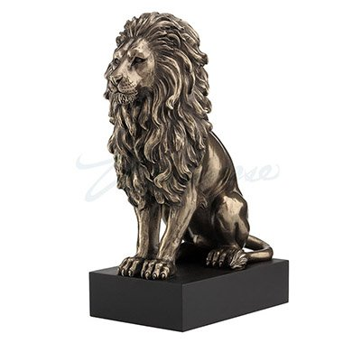 Unicorn Studios WU76813A4 Lion Sitting on the pedestal Veronese