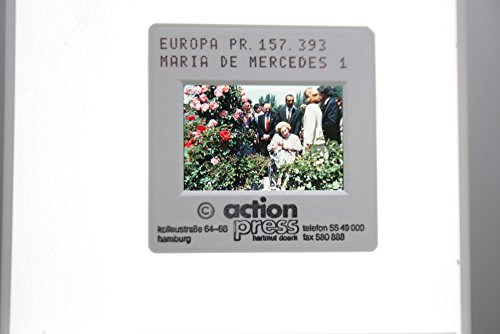 slides-photo-of-a-photo-of-mar237a-de-las-mercedes