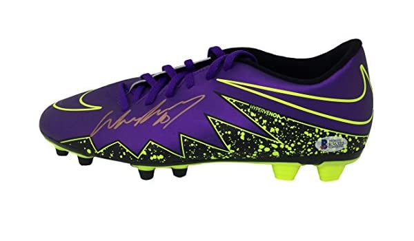 13406123a288 Wayne Rooney Signed Purple Nike Hypervenom Soccer Left Cleat BAS at  Amazon s Sports Collectibles Store