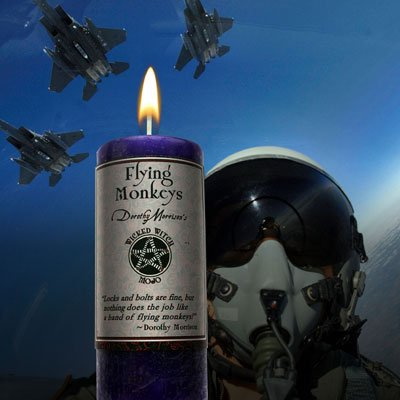 (Wicked Witch Mojo - Flying Monkeys Candle )