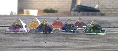 [A&S Crystals] SMALL/MED (25-30mm) 7 CHAKRA Complete Orgone Gemstone Pyramid Set Small/Med Pyramids Orgonite