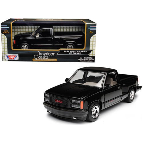 New 1:24 W/B MOTOR MAX AMERICAN CLASSICS COLLECTION - Black 1992 GMC Sierra GT Pickup Truck Diecast Model Car By MOTOR MAX