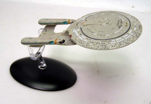 Star Trek: Next Generation Die-Cast Metal Enterprise-D 6″ Spaceship by Eaglemoss