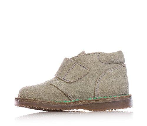 ARMANI - Chaussure beige en suède, avec velcro, logo vert sur la fermeture, coutures visibles et semelle en caoutchouc, garçon, garçons
