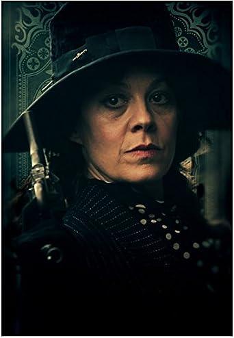 Peaky Blinders Helen McCrory as Aunt Polly Lips Pursed ...